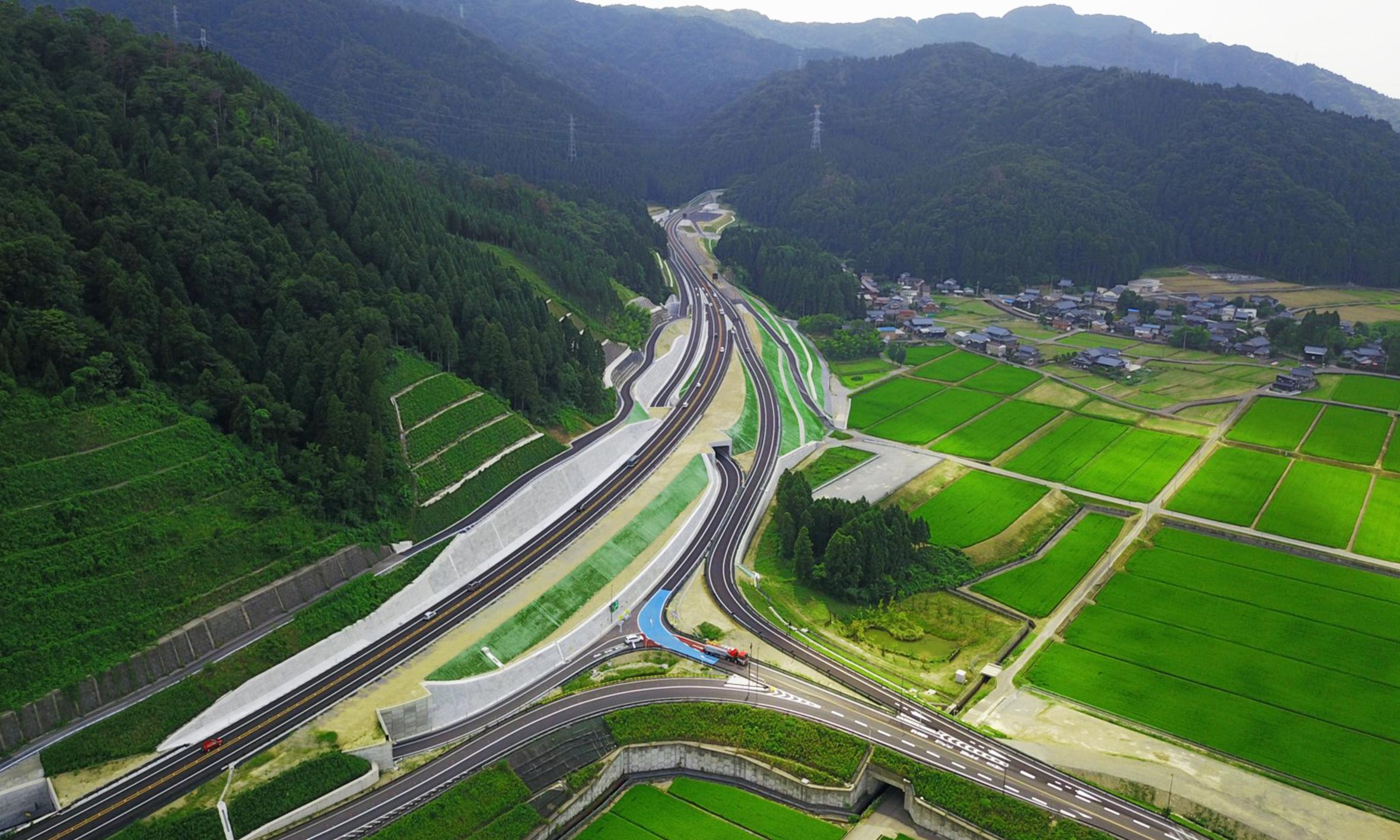 中部縦貫自動車道浅見地区改良
