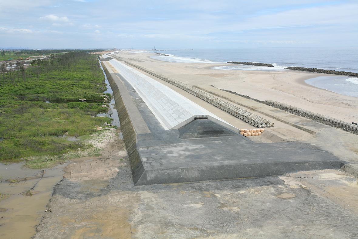 吉田砂浜海岸堤防